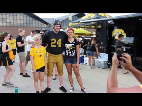 "DITV Sports: 100 straight games for ""Nile Kinnick"""