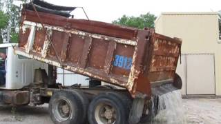 1992 International 4900 Dump Truck on BigIron Auctions