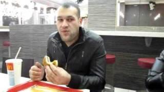 10 гамбургеров за 9 минут!!!!СЛАБО?