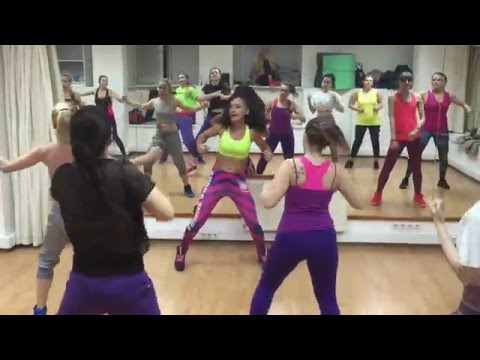 Wisin & Yandel - Mujeres In The Club ft. 50 Cent  ZUMBA WARM-UP