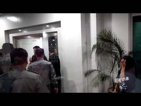 Exo arrival in Myanmar Fancam