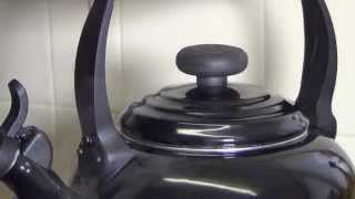 Le Creuset Traditional Kettle 2.1L Kettle with Whistle review