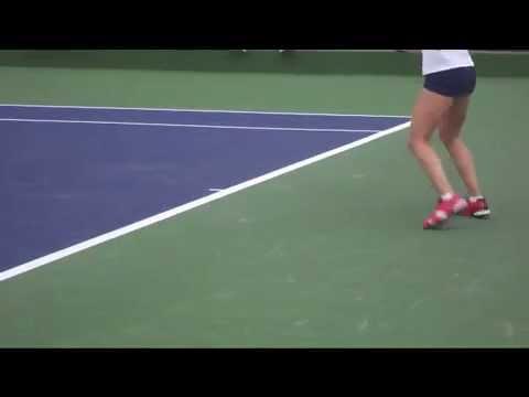 Beautiful Tennis Footwork: WTA Ladies.