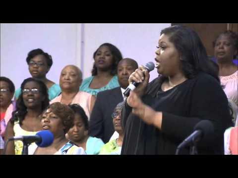 """""""Be Still""""  Tiffany Mosley & Memphis S.D.A. Mass Choir"""