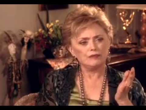 Rue mcclanahan date of birth in Perth