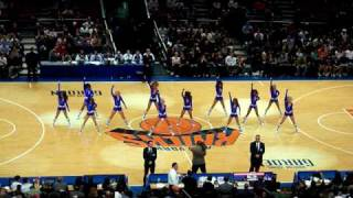 Pom-pom girl lors de New York Knicks-New Jersey Nets [24/10]