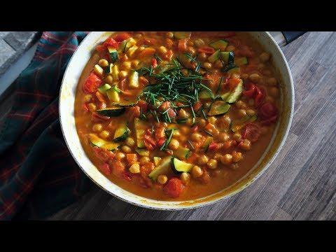 Cícerové žlté curry s rajčinami | Vegan recept