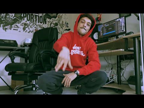 Youtube: DEMI PORTION – LA VIE (clip officiel)