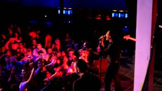 Andy Madadian - Leili ( HD live in Holland 1 october 2011)