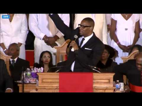 R Kelly  I Look To You Whitney Houston's Funeral