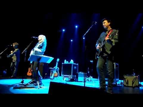 Lucinda Williams - AB Brussels - 7/6/13 - Hard Time Killing Floor Blues