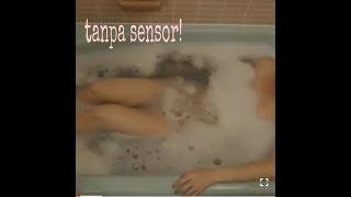 Video Aneh!!  Wanita mandi di bathroom download MP3, 3GP, MP4, WEBM, AVI, FLV Oktober 2018