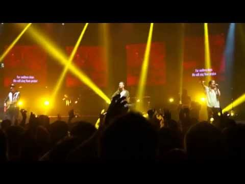 O, Praise The Name (Anastasis) - Hillsong Worship live in Seoul