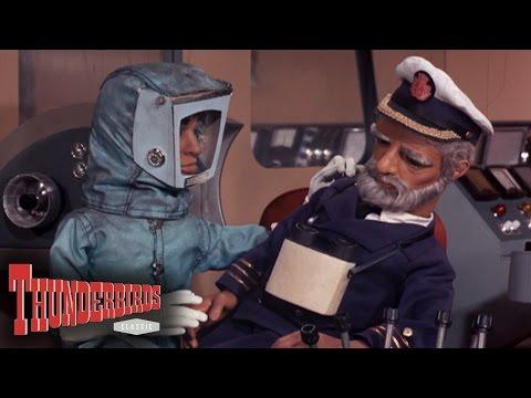 Scott Gets The Crew Away From The Doomed Ocean Pioneer II - Thunderbirds