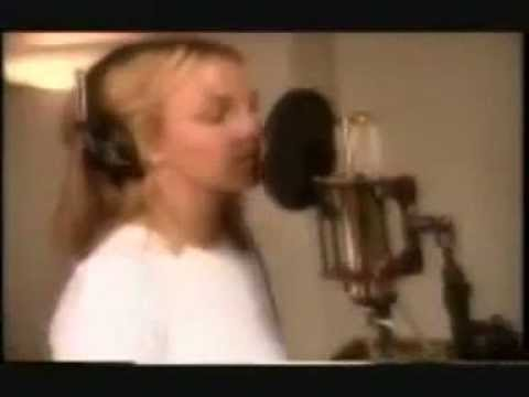 Britney Spears Recording Oops! I Did It Again Album/TRL ...