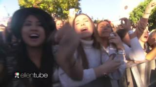 Video One Direction - Drag Me Down (Live in The Ellen Show) download MP3, 3GP, MP4, WEBM, AVI, FLV Maret 2018
