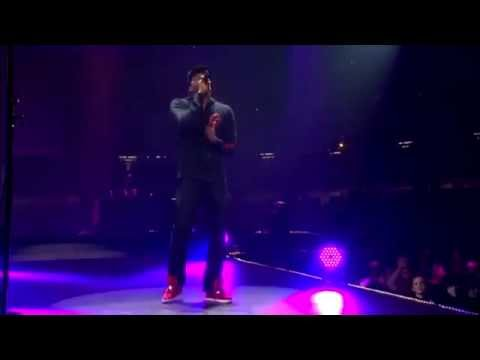 "Lecrae ""Tell The World"" (Passion 2013)"