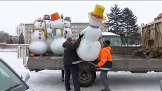 Ледовый городок на центральной площади начали разбирать