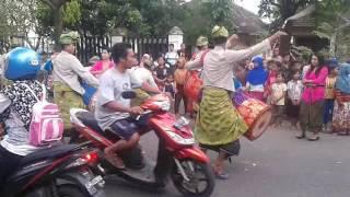GENDANG BELEQ meriahkan prosesi pernikahan di Lombok