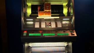 "1957 Seeburg VL200 Juke Box - playing the Supremes ""You Keep Me Hanging On"""