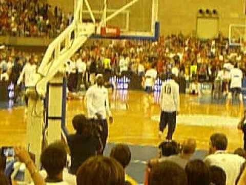 US Olympic Basketball team doing layups Barcelona Palau Sant Jordi 24 Julio 2012