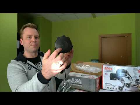 Распаковка мотоакустика Boss Audio Phantom PH800/900