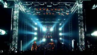 Sepultura - Schizophrenia medley-Escape To The Void (live in Moscow april 6, 2012)
