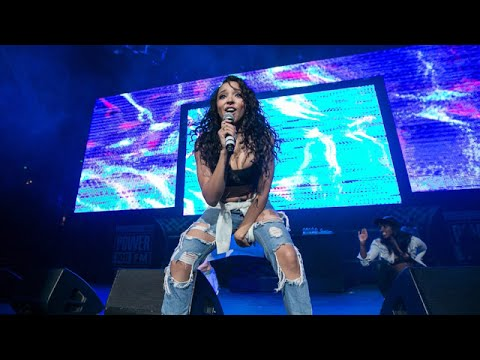 "Tinashe w/ Ty Dolla $ign - Drop that Kitty (Live at Power 106's ""Powerhouse"" 2015)"