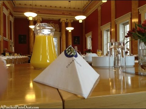 Breakfast at Downing College | CAMBRIDGE, ENGLAND