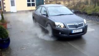 Toyota Avensis Burnout