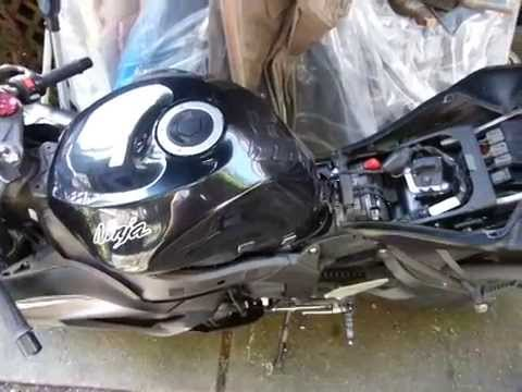 2013-17 Ninja 636 Fuse locations  gas tank removal - YouTube