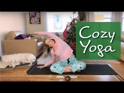 snuggly,-cuddly,-cozy-slow-flow-yoga-♥-christmas-day-yoga-♥-pajama-yoga-♥-hip-opening-yoga