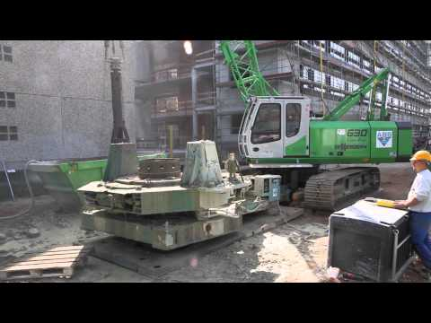 SENNEBOGEN - Hydraulic Engineering: 630 HD Duty Cycle Crawler Crane digging a well Germany