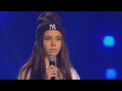 Alberina sings 'Airplanes' (B.o.B feat Hayley Williams) The Voice Kids 2015