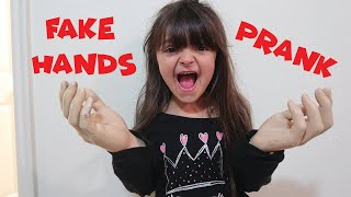 HILARIOUS FAKE HAND PRANK!!!