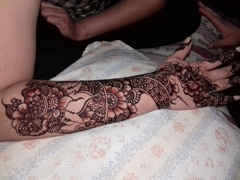 Mehndi Tattoo Back Hand : Mehndi design on back hand marriages