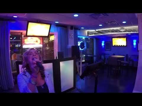 Shauna sings the blues!