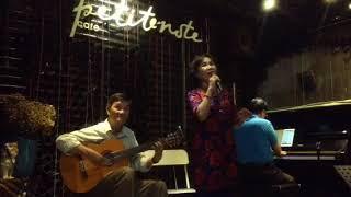 HOA TRẮNG THÔI CÀI TRÊN ÁO TÍM ( Thơ Kiên Giang , nhạc : Huỳnh anh ) Kim Chi hát .