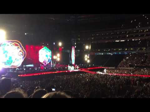 Coldplay - A Head Full of Dreams // Intro // New York - 7/16