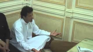 Tehreek e Insaf Chairman Imran Khan Met Mufti Naeem of Jamia Binoria Following Dharna At Karachi