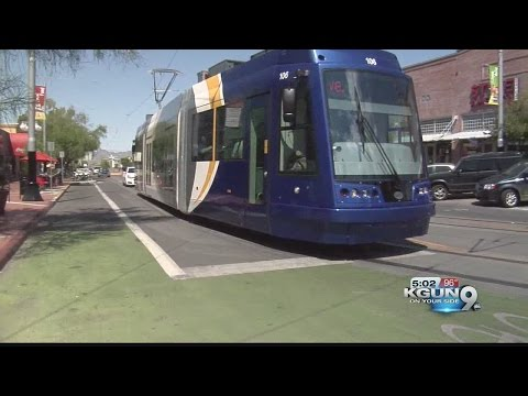 New road markings guide cyclists along streetcar route