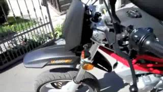 SCOOT2COMMUTE.COM SACHS XROAD 250 250cc SCOOTER - VIDEO 1