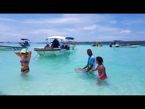 Traveling to San Andrés Island #1. Girl's Trip Colombia