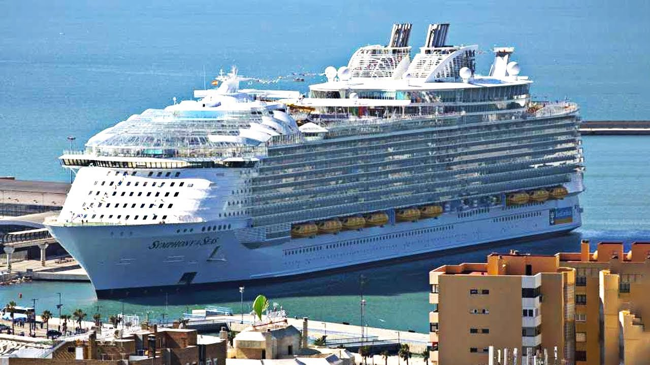 5 BIGGEST Cruise Ships In The World