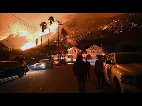 A giant wildfire has broken out in Los Angeles  It's nearing the Getty Center