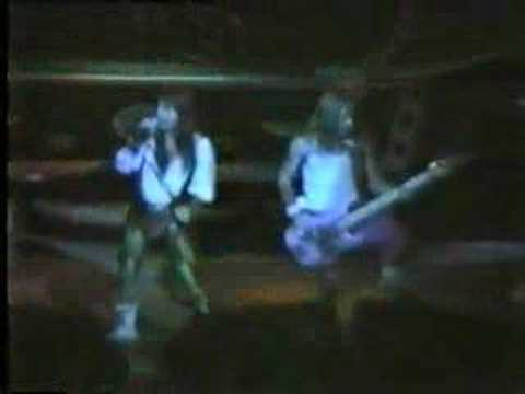 Iron Maiden-5.Stranger In A Strange Land (Sheffield 1986)