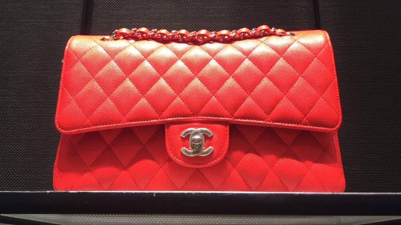 a53267b078 New Red Medium Chanel Classic Flap unboxing | Chanel Cruise 2018/19 ...