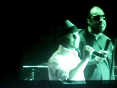"john pereira singing with ""Stevie Wonder"""