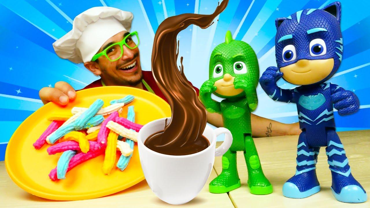 Churros con chocolate. Recetas fáciles de la cocina para niños. Vídeos de juguetes PJ Masks