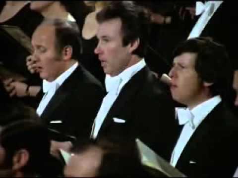Ode à la joie 9è symphonie de Beethoven donnée par Bernstein